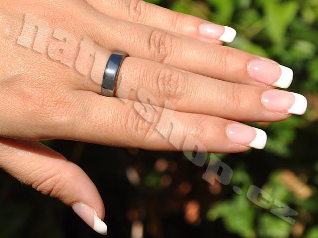 Prsten hematit plochý 6mm