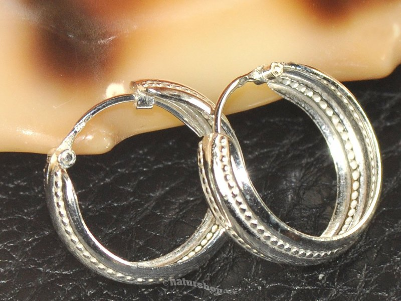 Strong rings decorated with silver 925/1000 18 mm