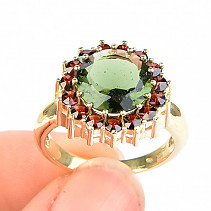 Moldavite and garnet ring round (size 59) 14K Au 585/1000 7,56g