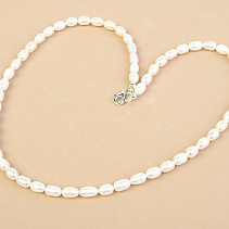 White pearls oval necklace 52cm Ag fastening