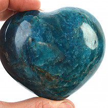 Smooth heart from apatite 328g