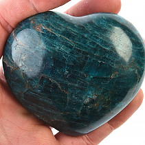 Smooth heart from apatite 326g