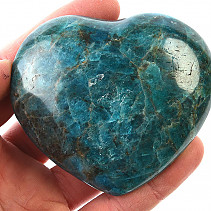 Smooth heart from apatite 285g