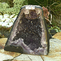 Beautiful amethyst geode 6111g (Brazil)