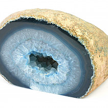 Agate geode in blue color 575g