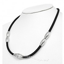 Silicone necklace with steel trimmings 48 cm