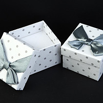 Gift box with white bow 5x5cm - for a ring, earrings