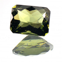 Moldavite rectangle cut 8x6mm 1.37 ct