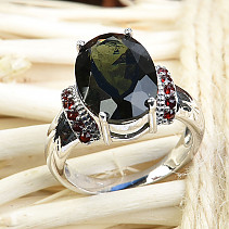 Moldavite garnets and rubber ring 14x10mm oval silver Ag 925/1000 + Rh