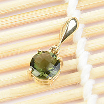Gold pendant with round moldavite checker Au top cut 585/1000 1.19 g 14K