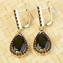 Luxurious earrings with moldavite and garnet drop gold Au 585/1000 7,44g