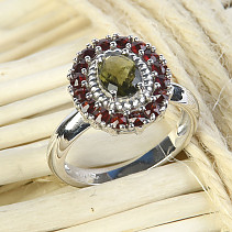 Moldavite and garnets ring oval 7 x 5mm chcecker top brus Ag 925/1000 + Rh