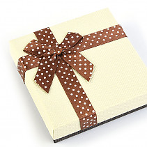 Gift box creamy with dots with brown bow 9 x 9cm