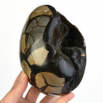 Dragon Egg of September (Madagascar) 1715g