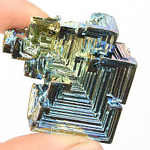 Bismuth colored crystal 56.1g