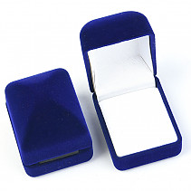 Velvet gift box blue on the ring